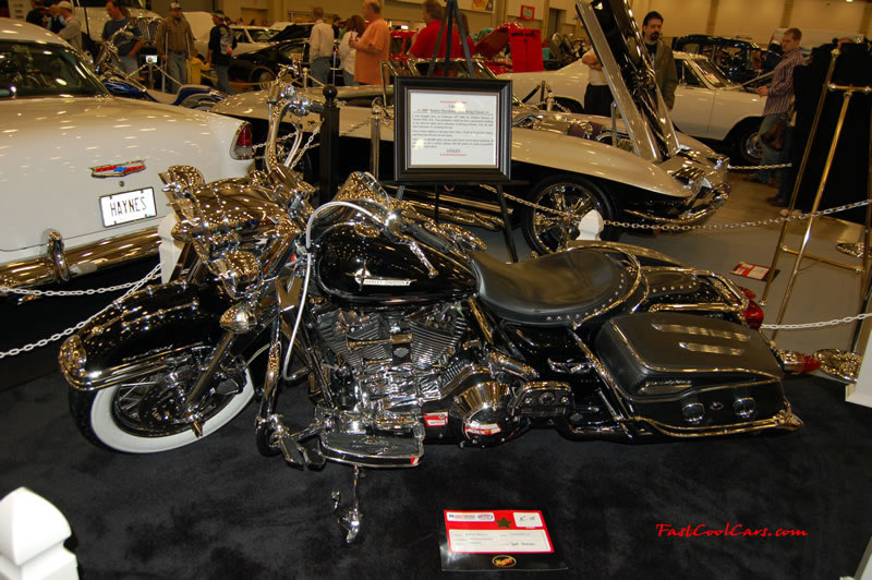 The 2009 World of Wheels Show in Chattanooga, Tennessee. On Jan. 9th,10, & 11th, Pictures by Ron Landry. Nice Motorcycle, loaded and pimped out.