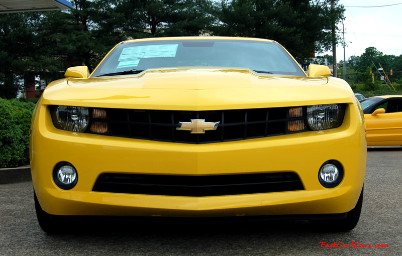 2010 Chevrolet Camaro 2LT in Yellow.