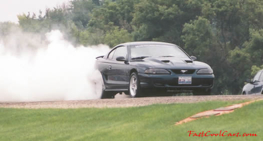 Burnout, tire roasting cool pictures, Fast Cool Carsmustang burnout
