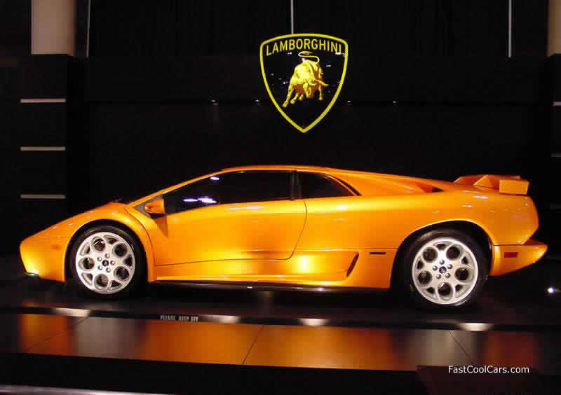 Lamborghini Diablo VT, killer color. Free Fast Cool Cars desktop wallpaper